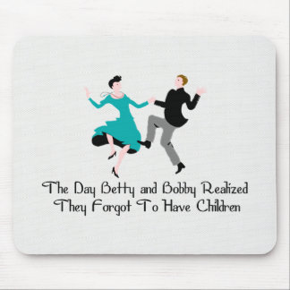 Happy To Be Child Free Mouse Pad