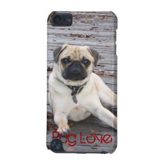 Hard Shell Pug love iPod Touch (5th Generation) Cases