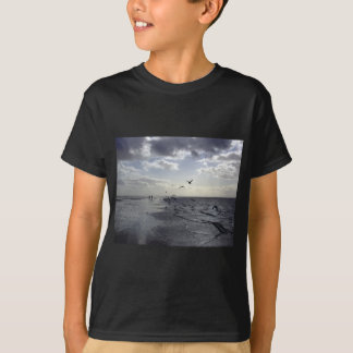 Hardy Walkers & Birds at the water's edge T-Shirt
