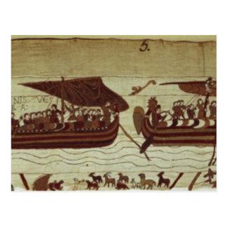 Harold cruza el canal con las velas llenas de tarjetas postales
