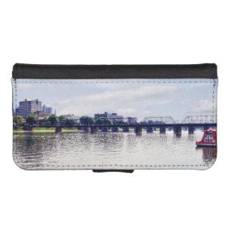 Harrisburg PA -View of Walnut Street Bridge iPhone 5 Wallet Cases