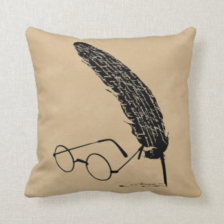 Harry Potter | Glasses And Quill Throw Pillow