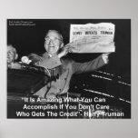 """Harry Truman que sostiene el periódico """"Dewey ama  Impresiones"""
