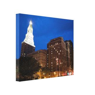 Hartford céntrica Connecticut en la noche Impresión De Lienzo