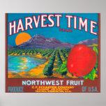 Harvest Time Apple Label - Yakima, WA Poster