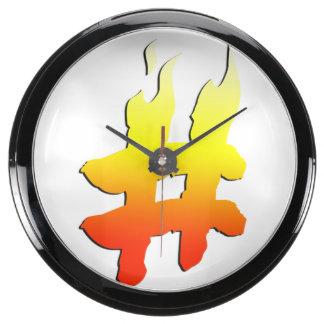 #HASHTAG - símbolo de la etiqueta del hachís en el Relojes Aqua Clock