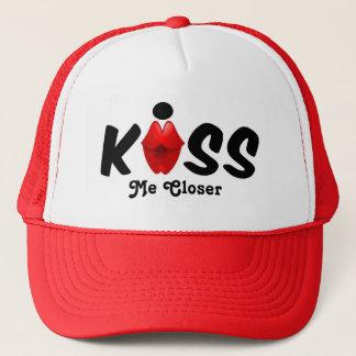 Hat Kiss Me Closer
