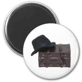 HatAndTrunk030709 copy Magnets