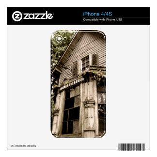 Haunted Home Skins For iPhone 4