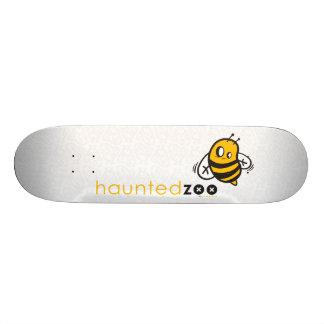 """Haunted Zoo """"Bee"""" Custom Skateboard"""