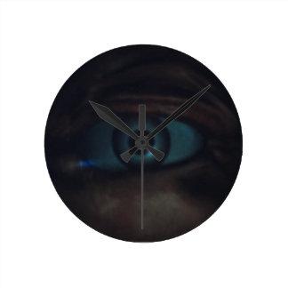 Hauting Eye Round Clock