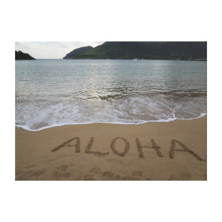 Hawaiana en la playa lienzo envuelto para galerias