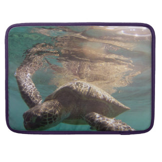 Hawaii Oahu Island MacBook Pro Sleeve