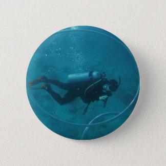 Hawaii scuba diver pinback button