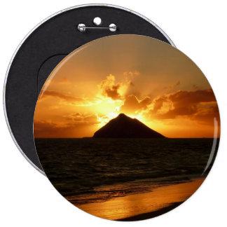 Hawaii sunrise at the beach 6 inch round button