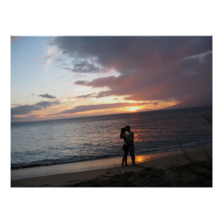 Hawaii Sunset and Two Honeymooners Poster