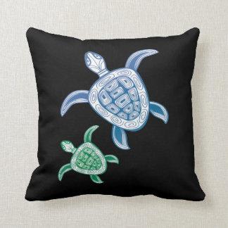 Hawaii Turtles Throw Pillows