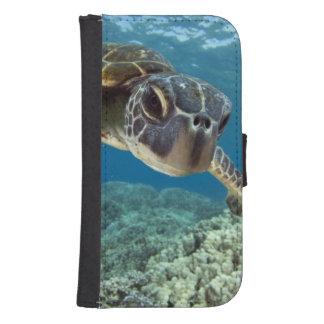 Hawaiian Green Sea Turtle Phone Wallet Case