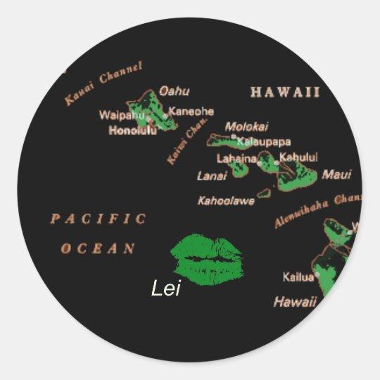 Hawaiian Islands with Lei Island on BLACK Classic Round Sticker