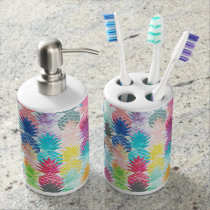 Hawaiian Pineapple Pattern Tropical Watercolor Bathroom Set