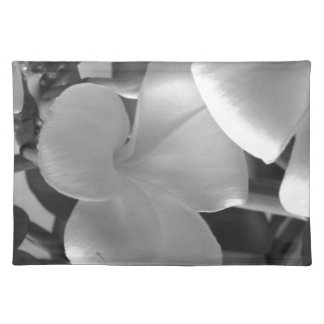 Hawaiian Plumeria Flowers in Black and White Cloth Placemat