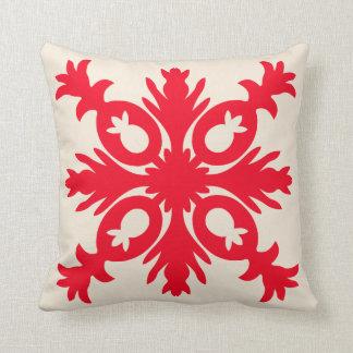 HAWAIIAN QUILT PILLOW- pineapple Throw Pillow