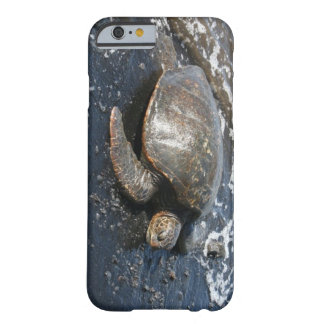 Hawaiian Sea Turtle Black Sand Beach Barely There iPhone 6 Case