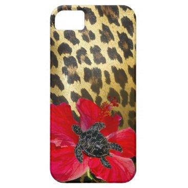 Hawaiian Themed Hawaiian  Sea Turtle on Leopard Print iPhone SE/5/5s Case