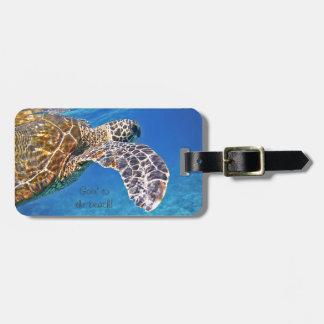 Hawaiian Sea turtle swimming Luggage Tag