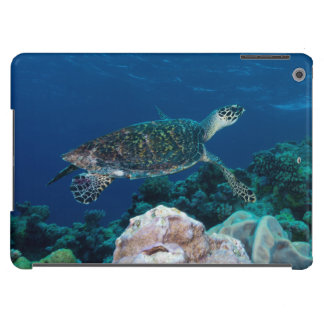 Hawksbill Sea Turtle on the Great Barrier Reef iPad Air Cover