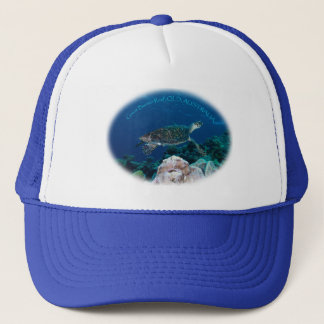 Hawksbill Sea Turtle on the Great Barrier Reef Trucker Hat