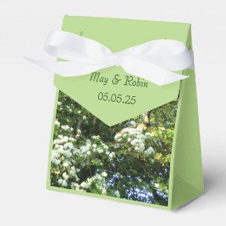 Hawthorn & Oak Favor Box for Beltane Handfastings