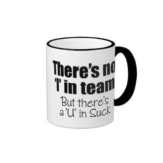 """Hay ningún """"yo"""" en equipo taza de dos colores"""