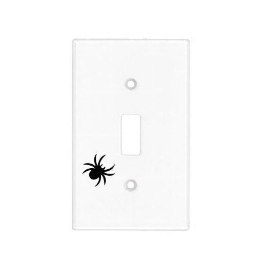 Hay un insecto en su cubierta de interruptor de la tapa para interruptor