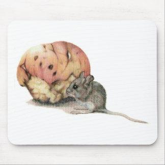 ¡Hay un ratón en mi Mousepad! Tapetes De Raton