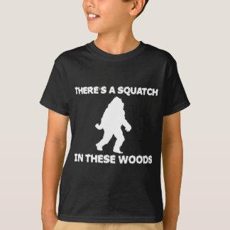 Hay un Squatch en estas maderas Polera