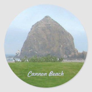 Haystack Rock, Cannon Beach Classic Round Sticker