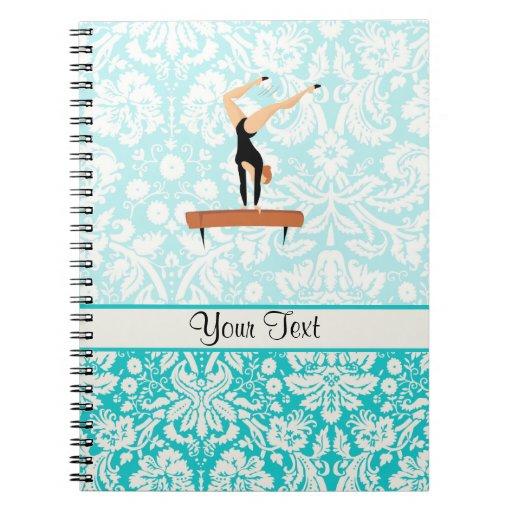 Haz de balanza de la gimnasia cuaderno