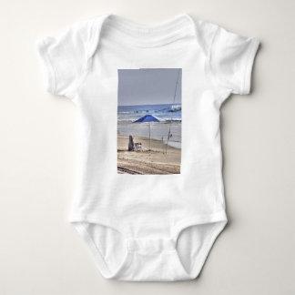 HDR Classic Beach Shot Fisbing Umbrella Sand Waves Baby Bodysuit