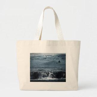 HDR Surfer Beach Ocean Waves Scenic Oceanview Surf Bag