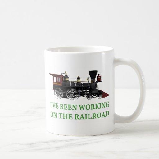 He estado trabajando en el ferrocarril tazas de café