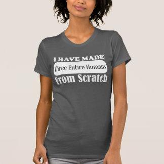 He hecho a tres seres humanos enteros de la camisa