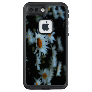 He or She Love Me , Loves me not LifeProof FRĒ iPhone 7 Plus Case