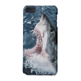 Head of Great White Shark iPod Touch 5G Covers