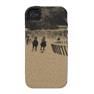 Head of the Stretch Grunge Muddy Track iPhone 4/4S Covers
