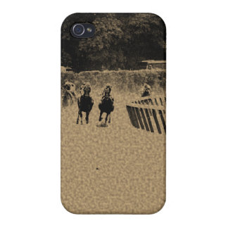 Head of the Stretch Grunge Muddy Track iPhone 4/4S Cover