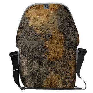 Head of wolf courier bag