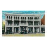Head-On View of the Tremont HotelRed Bluff, CA Print