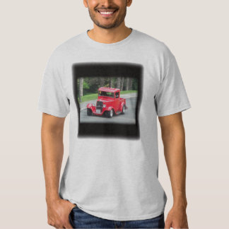 Headlights and grill on vintage classic pickup t-shirt