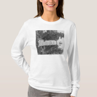 Headstone of Wild Bill Hickock's Grave Photograp T-Shirt